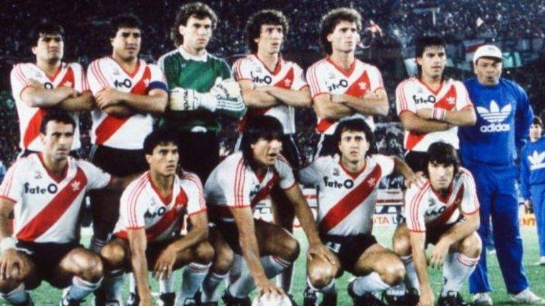 El inolvidable River campeón de América en el 86, lleno de figuras y referentes.