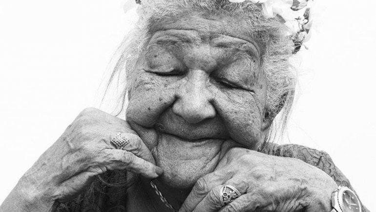 Viral en Instagram: abuela de 101 años está en busca de empleo