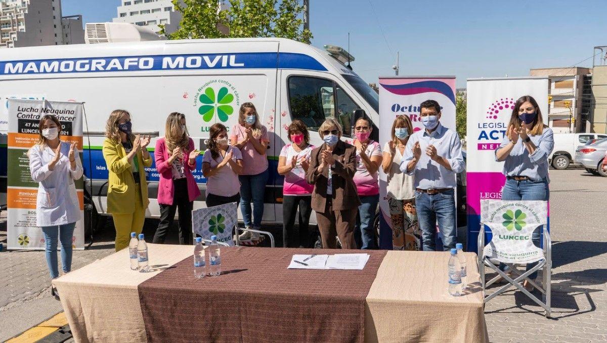la legislatura y luncec firmaron un convenio para mejorar el acceso al mamografo movil