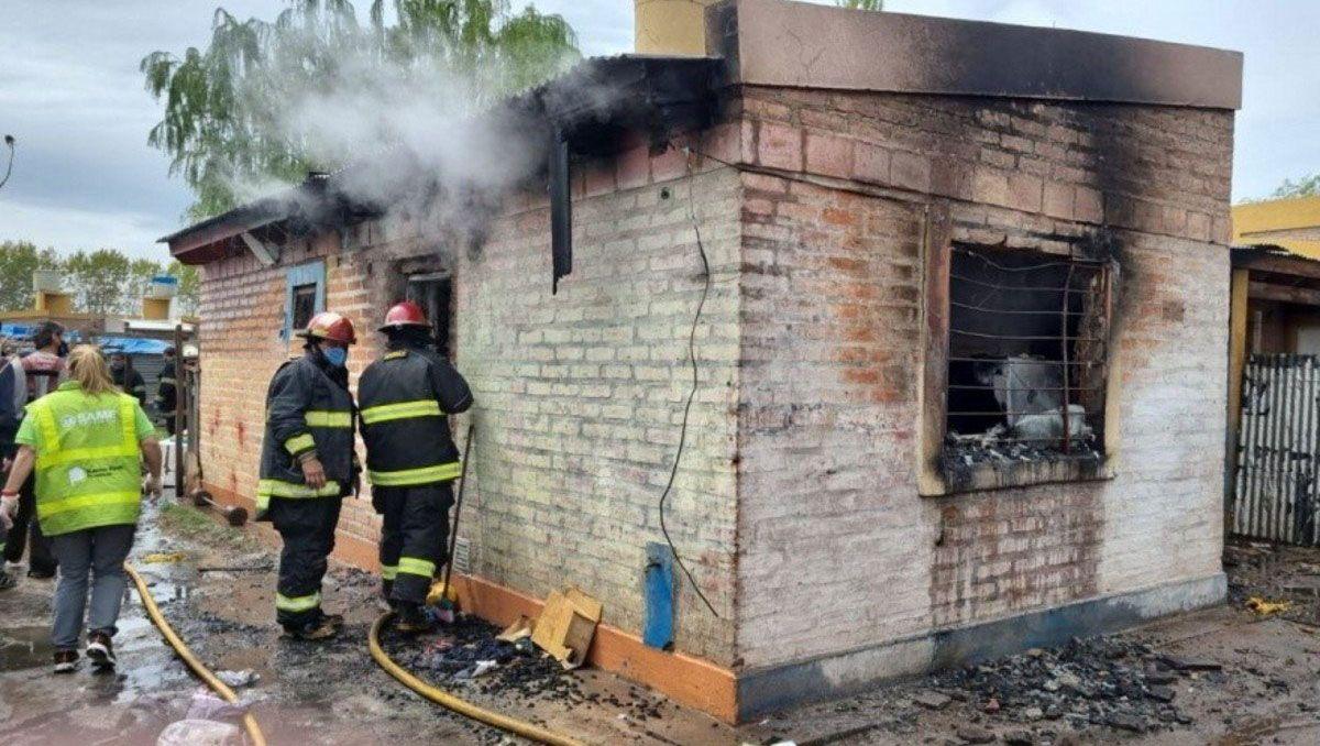siete personas murieron en el incendio de una casa