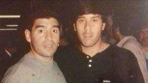 Maradona, junto al Bocha Ramírez, en otro tiempo cuando el astro lo había signado como su susesor.