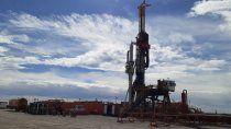 ypf buscara petroleo y gas no convencional en santa cruz