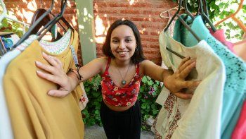 la ropa usada tiene una segunda oportunidad: las ferias americanas