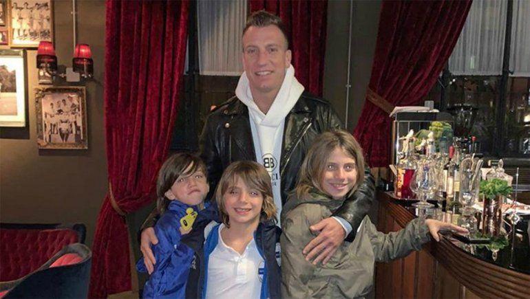 Tras un posteo de Maxi contra Wanda, los hijos de la ex pareja explotaron contra el futbolista