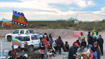 Cerca de Añelo, en la zona de influencia de la comunidad Kaxipayiñ y Cherqui, siempre hubo conflictos. Ahora está el del Mari Menuco. (Foto: Archivo)