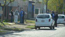 Un vecino oyó el disparo y encontró a la mujer junto a Pinochet en el suelo.