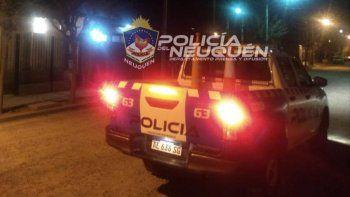 Vio a los ladrones en su casa: llegó la Policía y rompieron el patrullero