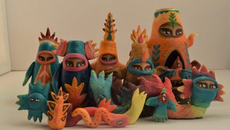 Convirtió sus murales en juguetes de colección