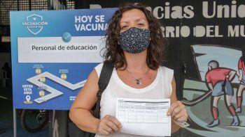 Provincia ya vacunó a casi el 36% de los docentes anotados