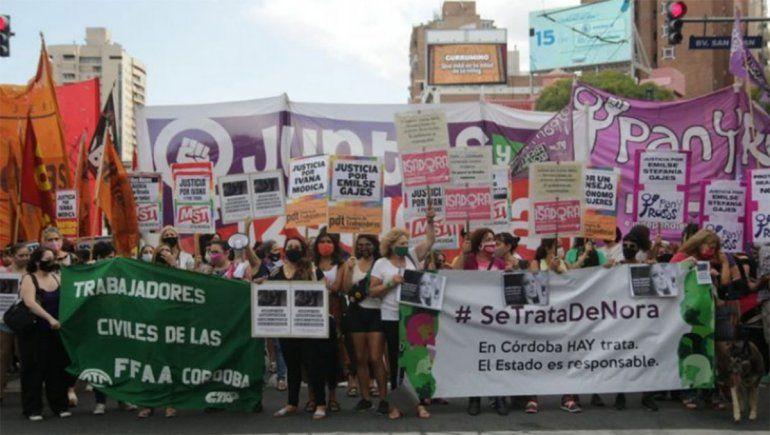 Multitudinaria marcha en reclamo de justicia por Ivana
