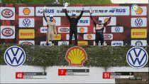 valentin jara festejo su primera victoria en la formula 3 metropolitana