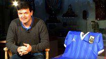 El ex jugador inglés con el tesoro más buscado, la 10 de Maradona.