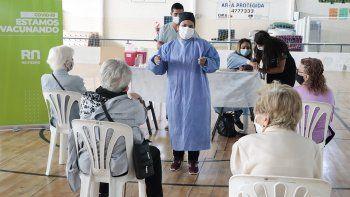 Cipoleños fallecidos estaban vacunados con al menos una dosis