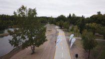 el sandra canale estreno peatonal, iluminacion y riego