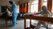 el pais reporto 438 muertes y 16 mil nuevos casos por covid