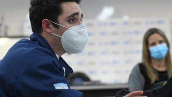 denuncian a un joven por hacerse pasar por medico en cordoba
