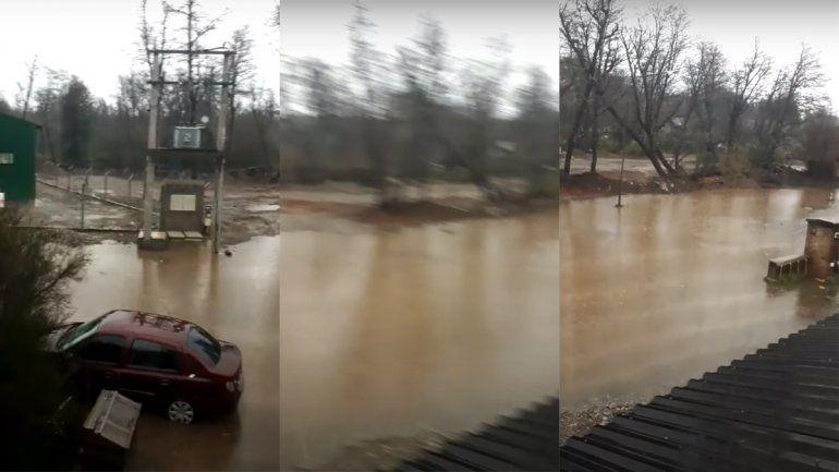 Por las lluvias, algunos barrios de Villa La Angostura terminaron inundados