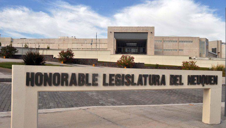 Pacientes con fibromialgia se organizan para exigir una ley