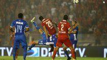 batacazo de tigre ante independiente: gol de chilena y un remate fulminante