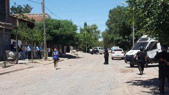 A los tiros en Confluencia por el crimen de Cañete