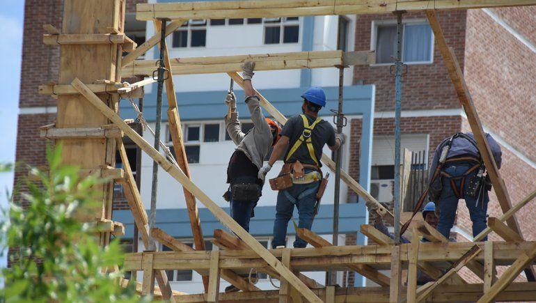 Neuquén encabeza la recuperación de puestos de trabajo en el país