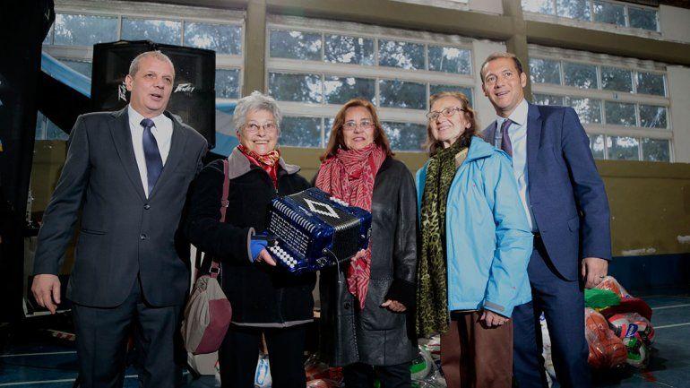Gutiérrez encabezó el 87° aniversario de Villa La Angostura