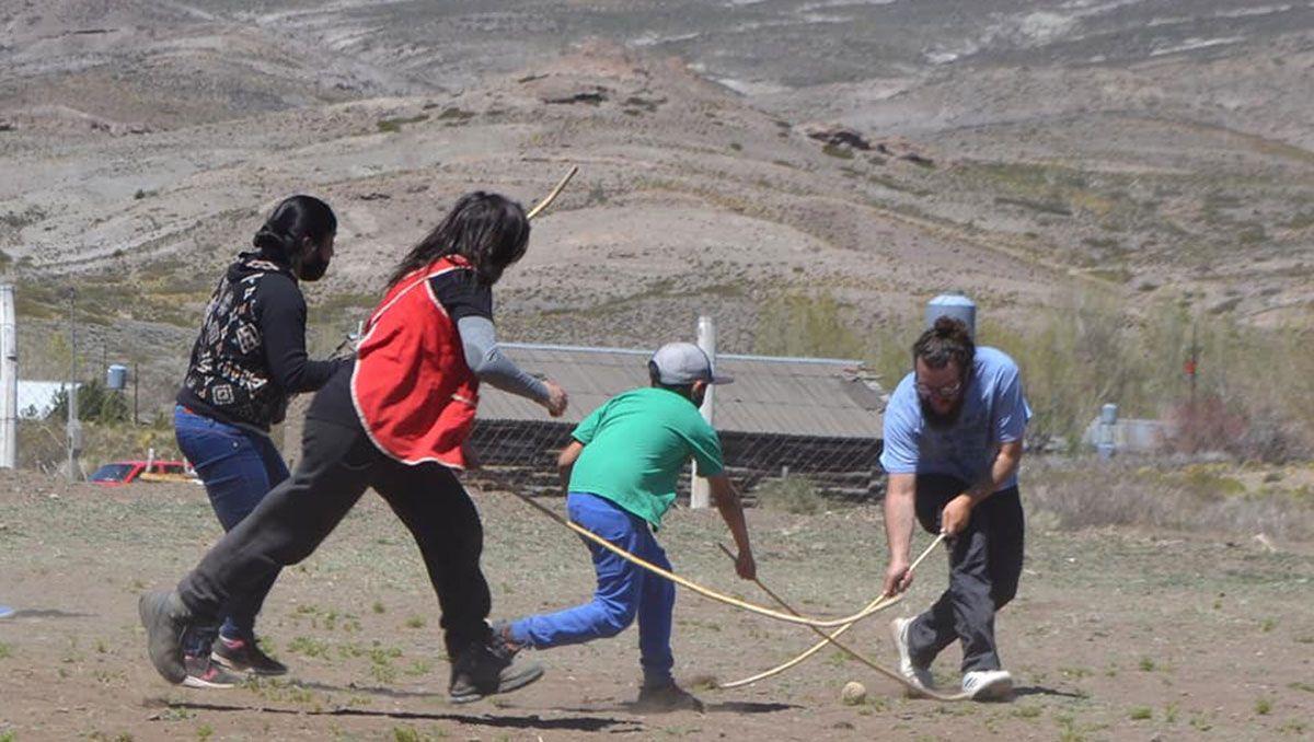 una forma de ensenar el mapuche con un juego