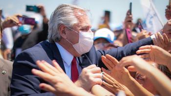Fernández, duro con la oposición: Dan los mismos remedios de siempre