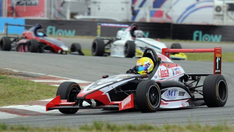 Jorge Barrio se llevó la final dominical de la Fórmula Renault 2.0 en Alta Gracia