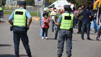 La ilusión de ver al Presidente: varios esperaron en Neuquén