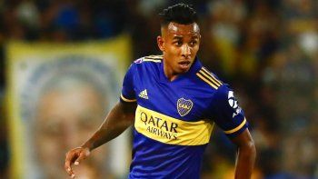 Boca planea usar a Villa en Copa Libertadores