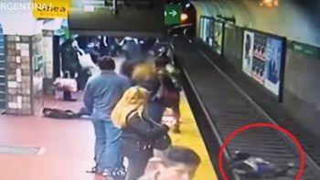 Dramático rescate de una mujer que intentó suicidarse arrojándose a las vías del tren