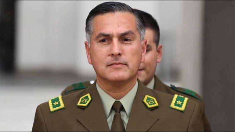 El jefe de Carabineros admitió excesos y abusos de la fuerza en la represión a las protestas