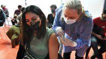 covid: la mitad de la poblacion neuquina ya esta vacunada