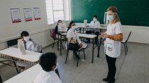 invertiran $5 mil millones para buscar a los que abandonaron la escuela en pandemia