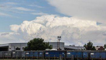 El clima del sábado en Neuquén estará variado. Se esperan nubes por la mañana, cielos despejados por la tarde y nuevamente nubes para el atardecer y noche | Foto: Archivo
