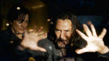 ¡volvio neo! el primer trailer de matrix resurrecciones revoluciono las redes
