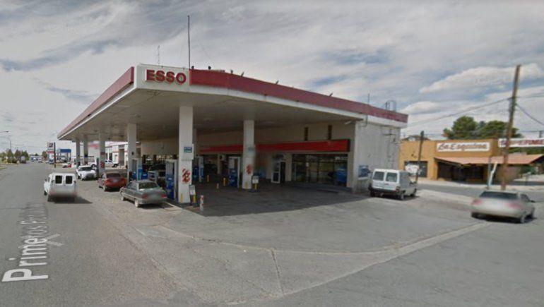 Insólito: cargó nafta, fingió estacionar y se fugó sin pagar