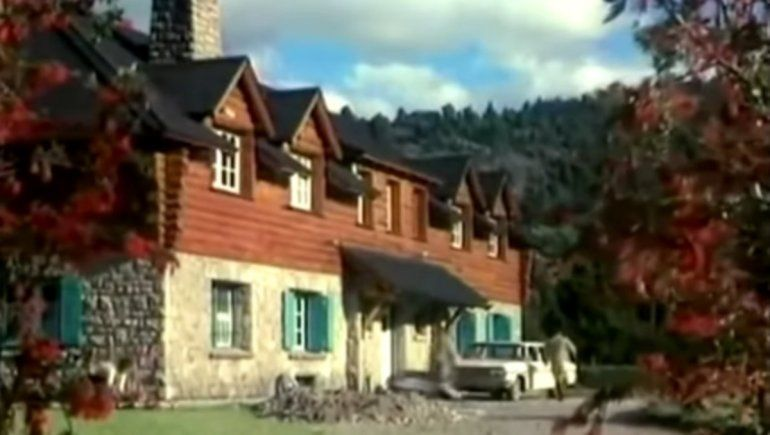 Intendencia del Parque Nacional Lanín en la película Fuego que filmó Armando Bo en 1969 con Isabel Sarli.