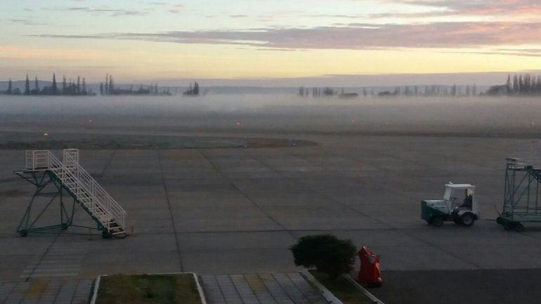 Por niebla, hubo demoras en los vuelos en el aeropuerto neuquino