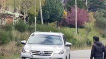 apedrearon el auto de la gobernadora carreras en el corte de ruta 40