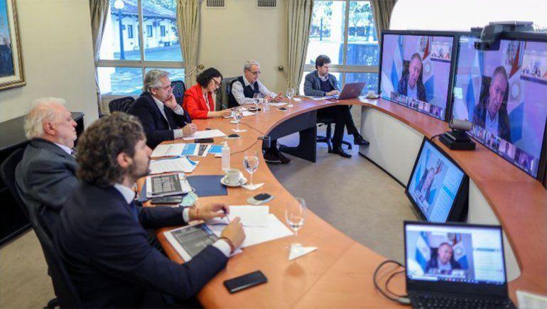 Alberto se reúne con gobernadores para analizar medidas