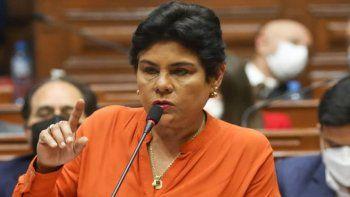 legisladora se desnudo en una sesion virtual