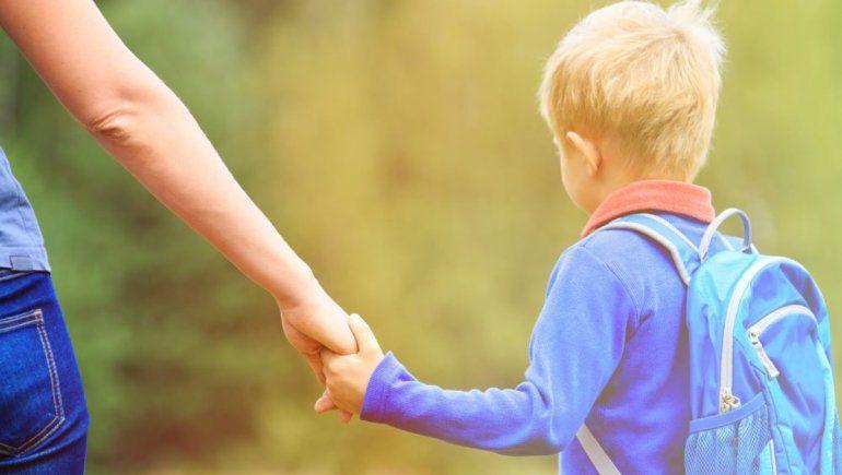 TikTok: descubrió que su hijo es realmente su tío.   Foto referencial.