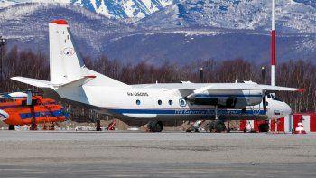 se estrello un avion ruso con 28 personas a bordo