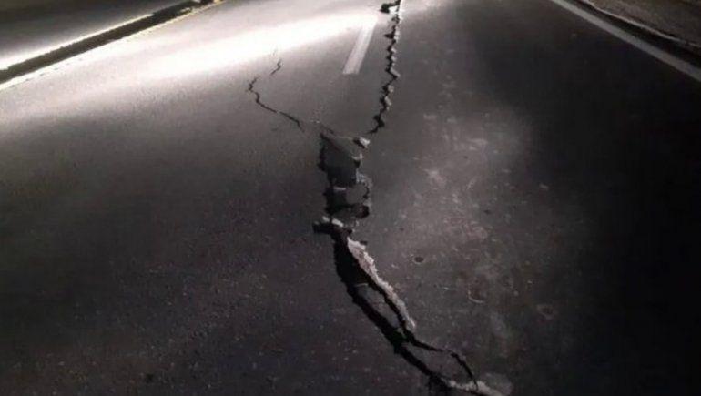 Por el terremoto, un tramo de la Ruta 40 quedó deshabilitado