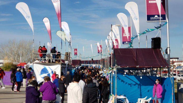 Una gran afluencia de público acompañó la Feria Neuquén Emprende