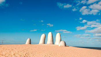 uruguay sin turistas: este verano no vamos a poder recibirlos