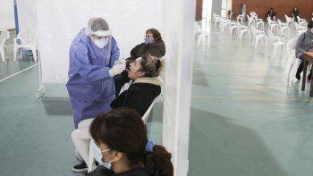 Neuquén reportó otras cuatro muertes y 226 contagios de COVID
