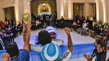 El adiós a Diego: extienden el velatorio hasta las 19 en Casa Rosada